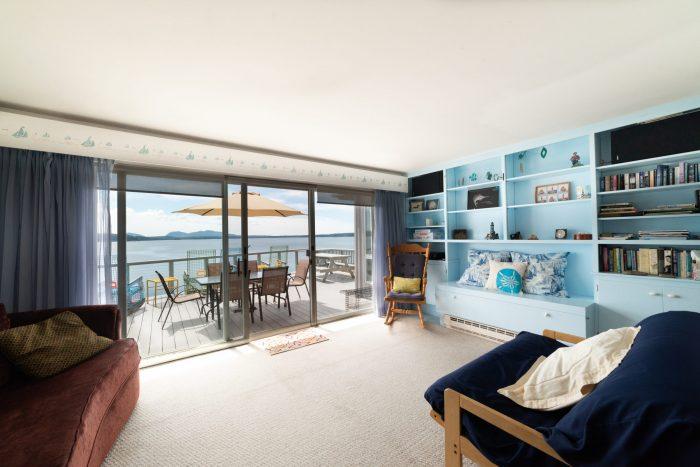 Bar Harbor View Cottage - Blue Room