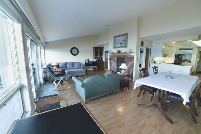 Bar Harbor View Cottage - main living area